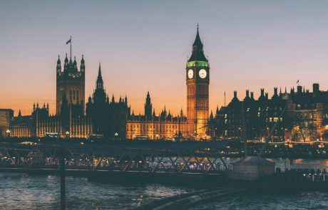 מדוע משבר הדיור בלונדון מספק הזדמנות השקעה של פעם בעשור?